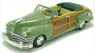 Chrysler Town & Country 1947 Heather Green (Diecast Car)