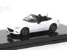 Mazda Roadster (2015) Crystal White Pearl Mica (Diecast Car)